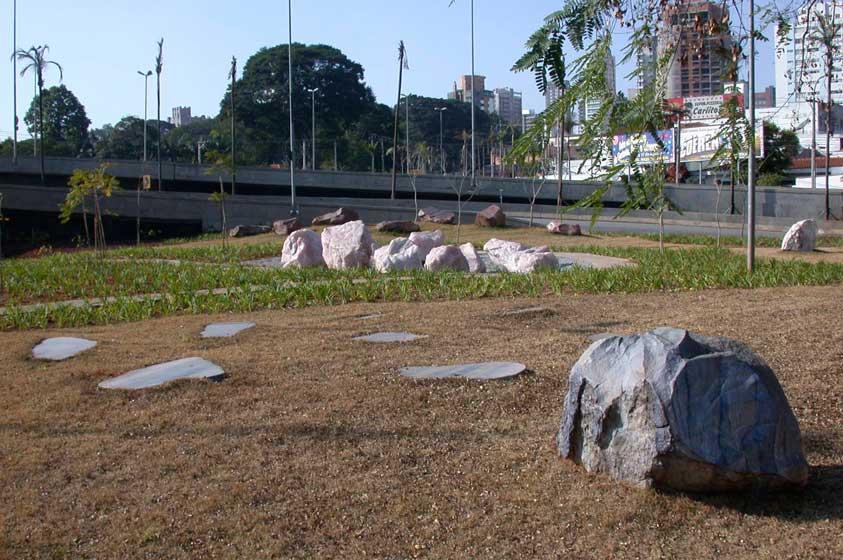 Parque das Cores do Escuro, Ibirapuera (2003)